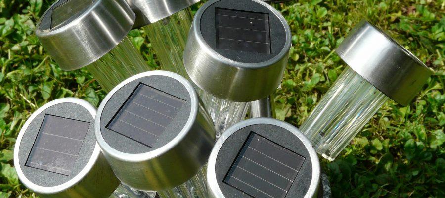 Support_de_lampe_solaire_facile